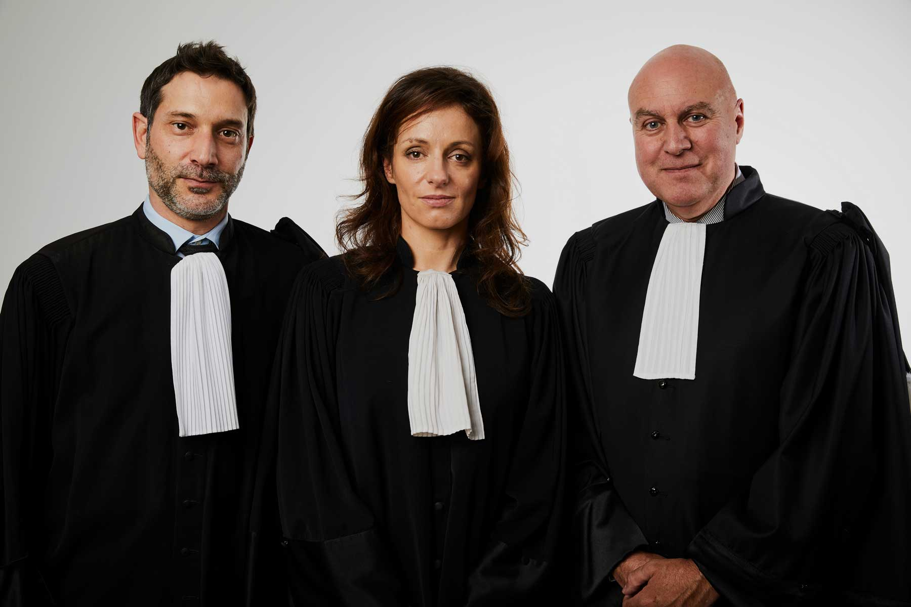 Portraits 3 avocats en robe Harmonia Juris Antibes